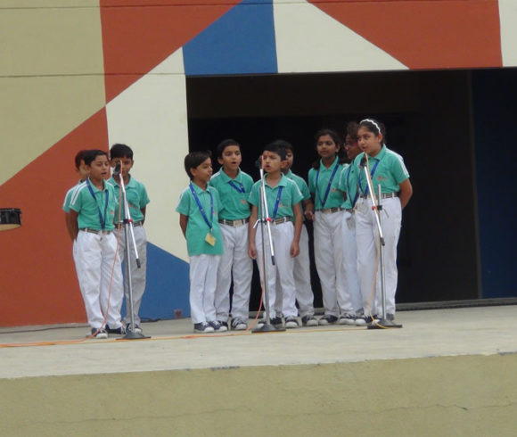 Group Song Competition  (I-IX)